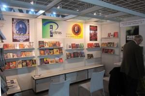 Stand do Instituto Plinio Corrêa de Oliveira na Feira do Livro em Frankfurt - Alemanha
