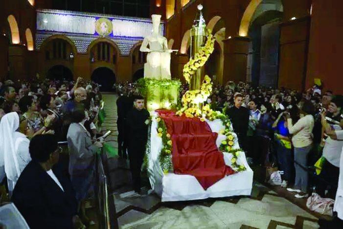 Estranha novena na Basílica de Aparecida