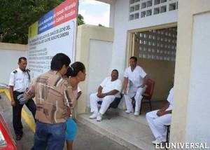 Médicos cubanos num posto de saúde, Guarenas, Venezuela