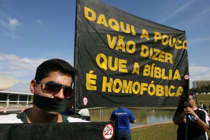 YAVEH, ESSE DEUS HOMOFÓBICO