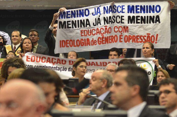 """Vitória da Família! Na guerra contra o PNE, vencida a batalha contra a """"Ideologia de Gênero"""""""