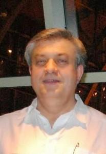 O professor Istvan Marko, coordenador do trabalho conjunto