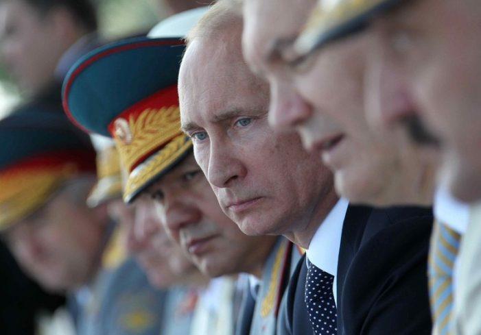 """Putin pode ser confiável? Ele é o novo """"campeão"""" da cristandade?"""