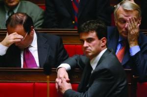 Manuel Valls, no primeiro plano