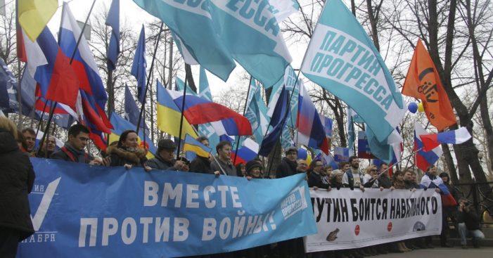 "Moscovitas bradam: ""Putin, chega de mentiras!"""