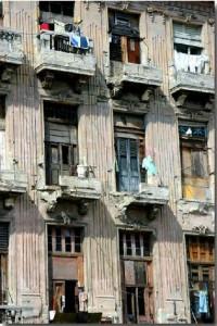 Havana, outrora bela e próspera, hoje reduzida a uma favela pelo regime comunista