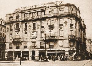 "Prédio da antiga ""Casa Mappin"" na Praça do Patriarca"