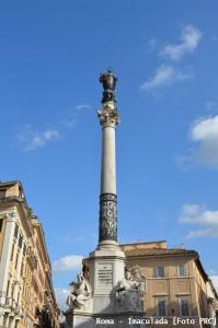 A Coluna da Imaculada, na Piazza di Spagna (Roma), erguida a 18 de dezembro de 1856 e abençoada pelo Bem-aventurado Pio IX em 8 de setembro de 1857.