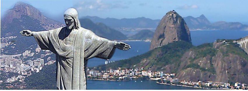 mar cercava a estátua de Cristo Redentor no Corcovado