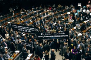 Deputados manifestam-se a favor da redução da maioridade penal