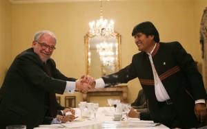 Marco Aurélio Garcia com o bolivariano Evo Morales