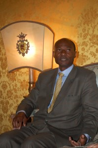 Pr�ncipe Bernard Ndouga  [Foto PRC]