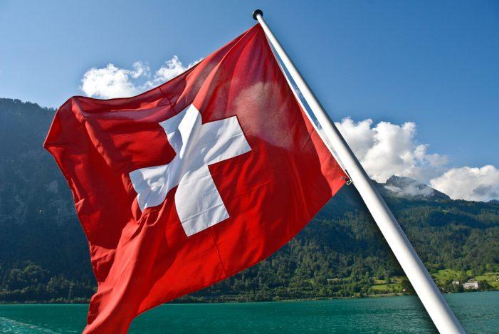 Hostilidades contra a Cruz helvética na Suíça!