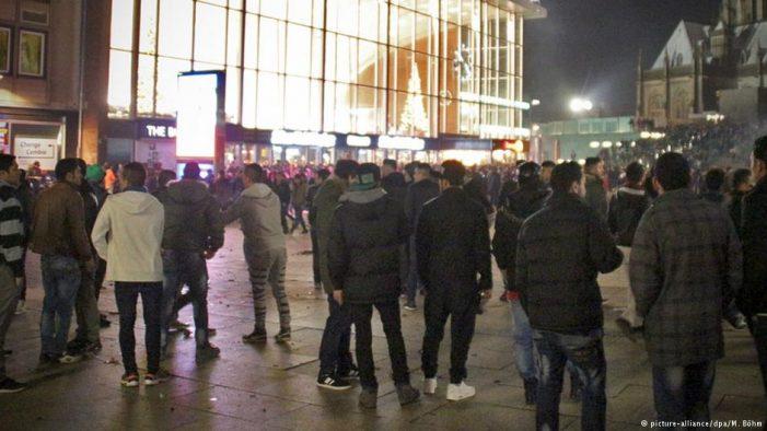 Ataques sexuais contra mulheres na virada do ano na Alemanha