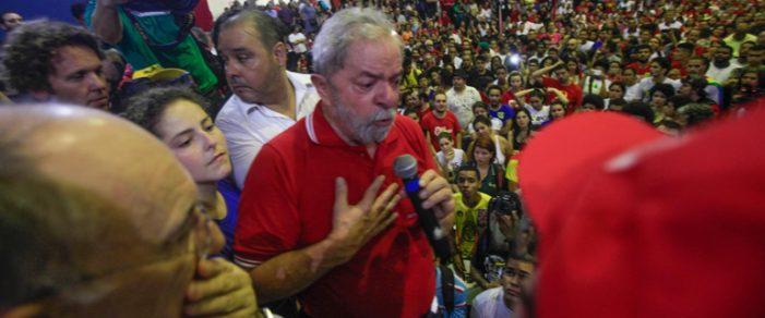 """O """"redentor"""" Lula, a jovem Yasmin e indignação"""