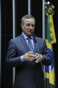 deputado federal Valdir Colatto