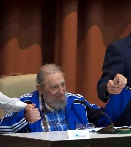 Gerontocracia marxista consolidada no último Congresso do PC cubano. Todo um modelo ideal para o PT
