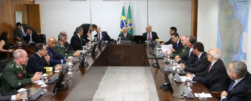 Presidente interino Michel Temer se reúne com ministros [Foto Fabio Rodrigues Pozzebom/Agência Brasil]