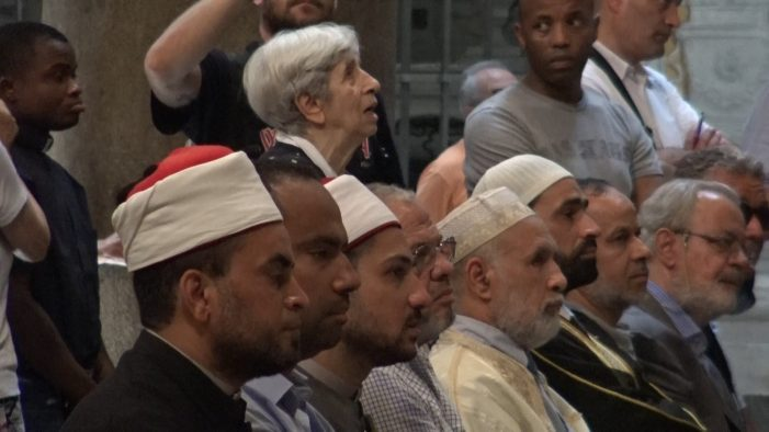 Imã na igreja: grave ofensa à fé e à razão