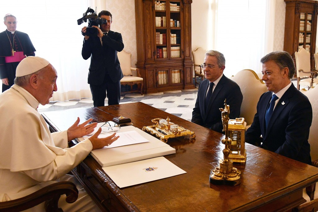 Uribe e Papa Francisco