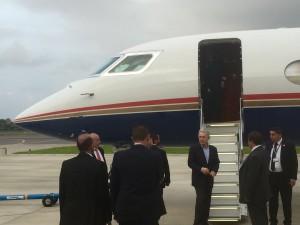 No dia 15 último, Uribe embarca para Roma