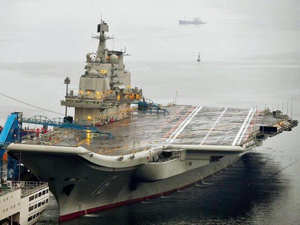 China: porta-aviões reciclado acirra tensões