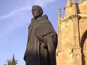 Estátua de Frei Francisco Vitória, em Salamca