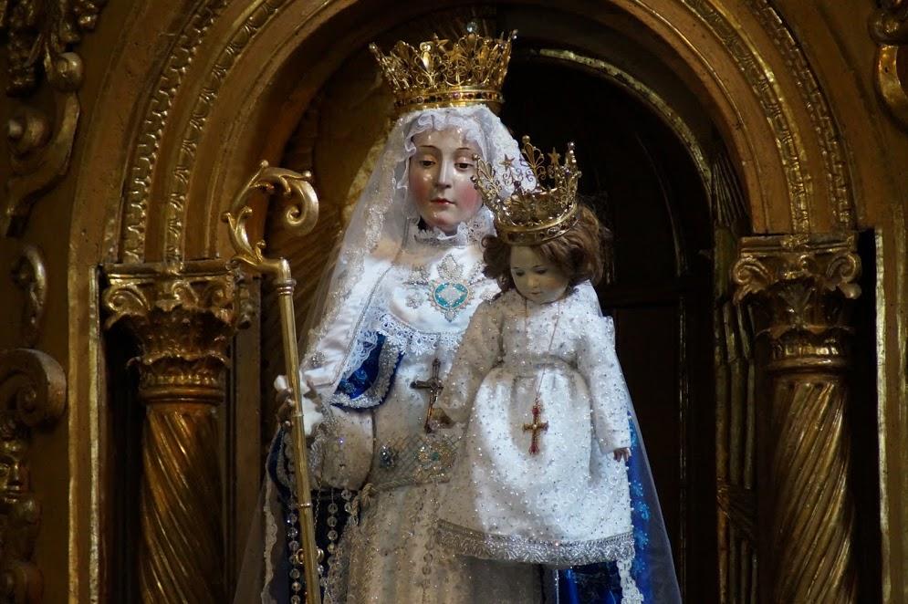 Imagem de Nossa Senhora do Bom Sucesso venerada no Convento das Freiras Concepcionistas de Quito (Equador).
