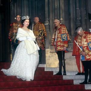 Rainha Elizabeth II, em 3 de novembro de 1964