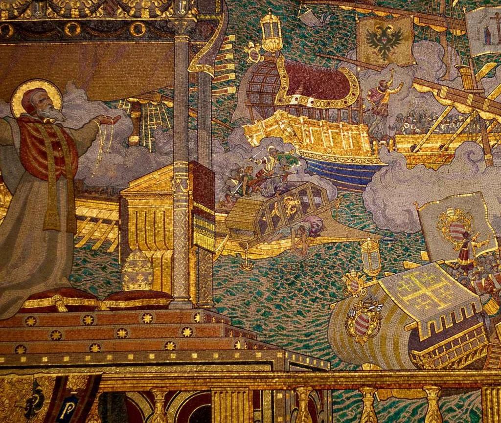 O Papa São Pio V segura o terço enquanto o príncipe Don João de Áustria comanda a batalha de Lepanto (1571). Mosaico na Basílica de Notre-Dame de Fourvière, Lyon, França.