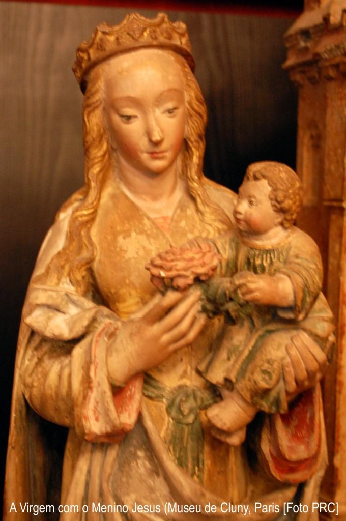 Nossa Senhora é Rainha da Paz e Rainha das Vitórias