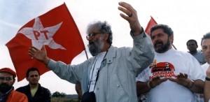 Leonardo Boff, ao lado de Lula, como cabo eleitoral do PT