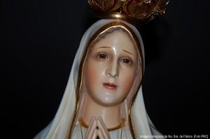 Imagem milagrosa de Nossa Senhora de Fátma que chorou em New Orleans (EUA). É uma das quatro imagens esculpidas em cedro brasileiro, sob orientação da Irmã Lúcia.