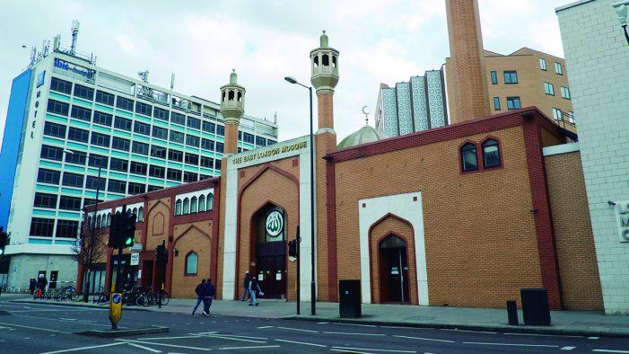 """""""Londonistão"""": 423 novas mesquitas e 500 igrejas fechadas"""