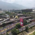 Apesar da tirânica repressão do governo Maduro contra as manifestações populares, multidões continuam saindo às ruas para protestar contra o governo