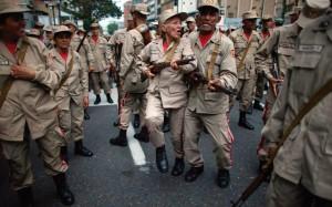 Paramilitarização da sociedade venezuelana através da chamada união cívico-militar