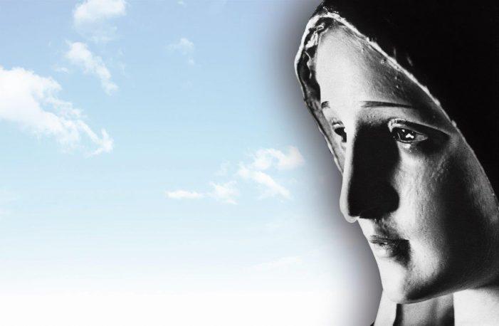 45 anos da lacrimação de Nossa Senhora