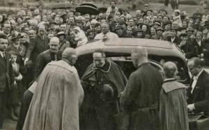 Chegada do Cardeal Pacelli a Lisieux em 1937