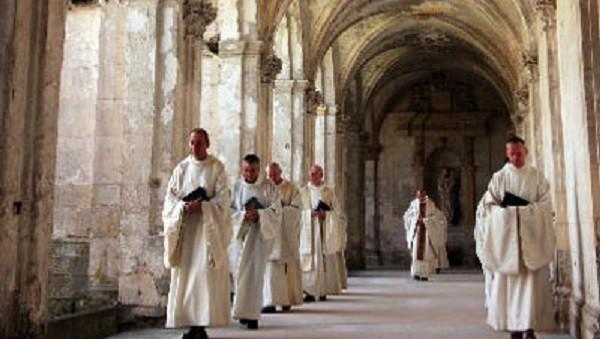 Pesquisa revela que os monges vivem mais que os leigos
