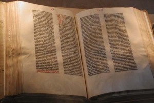 A Bíblia de Gutenberg da Biblioteca Pública de Nova Iorque, uma das edições da Vulgata, a obra-prima de Jerônimo.