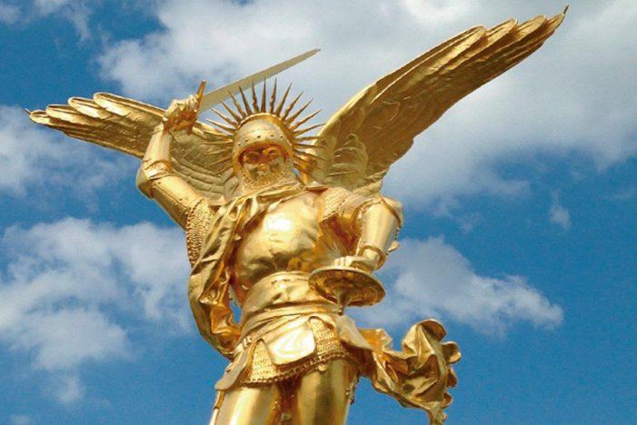 SÃO MIGUEL — Príncipe da milícia celeste
