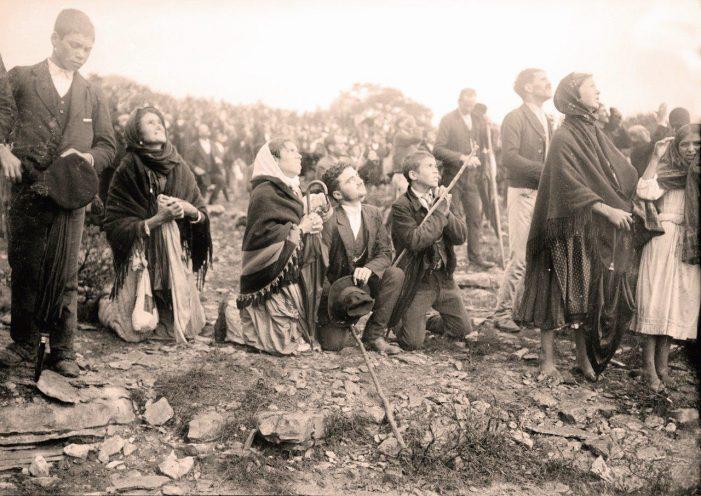 """Há um século Nossa Senhora operou o """"Milagre do Sol"""""""