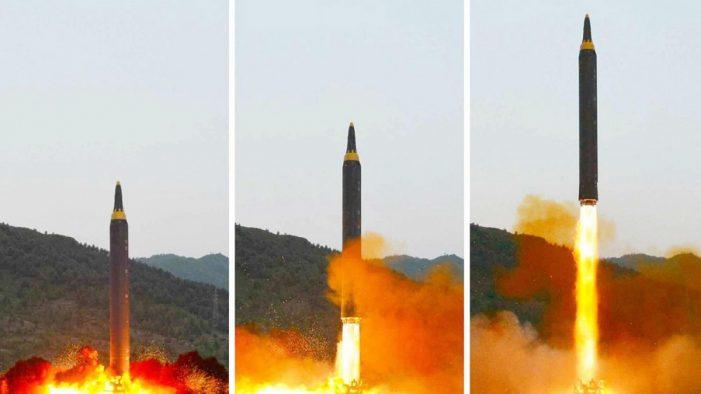Míssil norte-coreano destrói cidade do seu próprio país