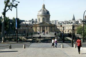 Academia Francesa, fundada por Richelieu (1635), sob o reinado de Luís XIII