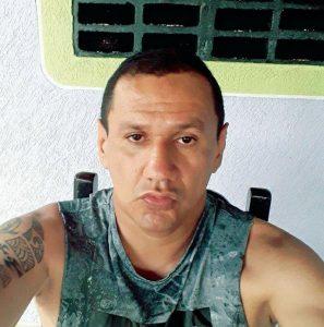 """Marlon Marín, preso juntamente com o """"comandante"""" Santrich enquanto negociavam a venda de dez toneladas de cocaína para os cartéis mexicanos"""