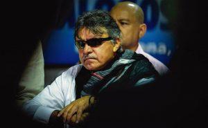 Jesús santrich, um dos principais dirigentes-guerrilheiros das FARC, foi preso recentemente, acusado de estar negociando o envio de dez toneladas de cocaína para os EUA
