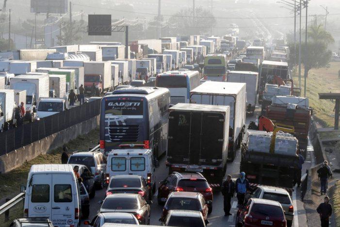 Uma análise a propósito da paralisação dos caminhoneiros