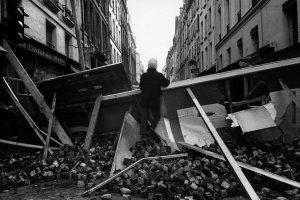 Barricadas nas ruas de Paris