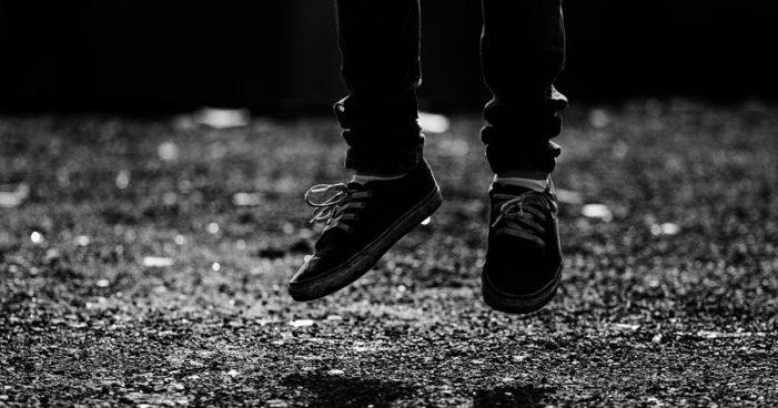 Suicídio — mais uma loucura do mundo moderno