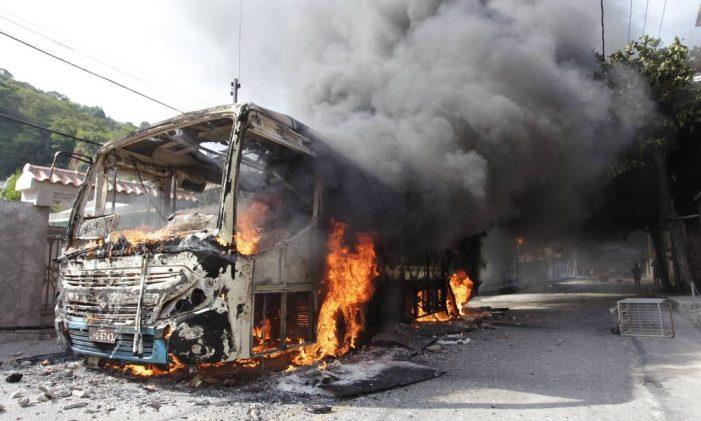 Violência urbana, crise religiosa, corrupção política – Por quê?